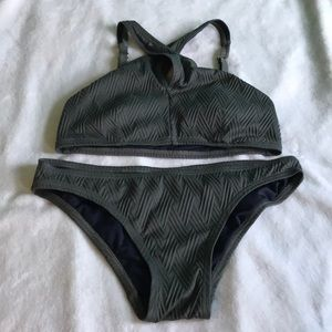 GREEN TWO PIECE SWIMSUIT